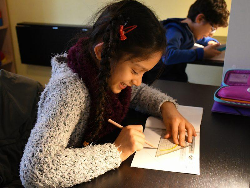 Hausaufgabenbetreuung und Einzelförderung im FamilienZentrum Laim